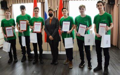 Воспитанники Ачинского «Кванториума» победили во Всероссийском соревновании по программированию